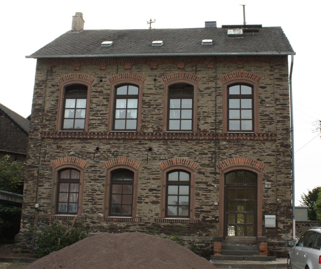 Alte Schule Wolfskofen